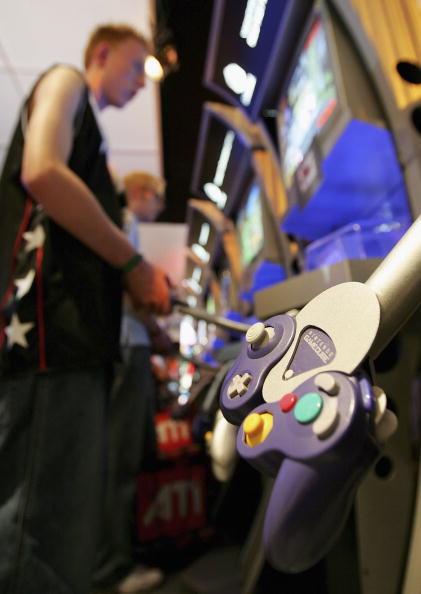 Gamepad「Computer Gaming Convention」:写真・画像(0)[壁紙.com]