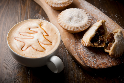 Coffee - Drink「mince pies with festive coffee」:スマホ壁紙(5)