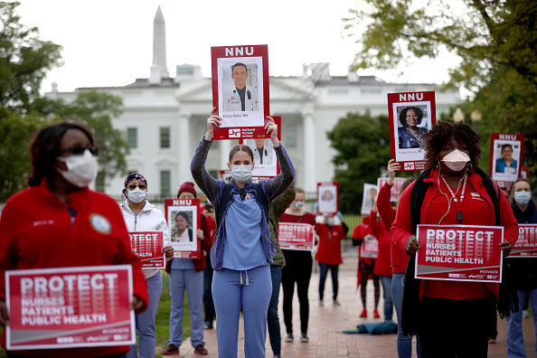 Nurse「Nurse's Protest Outside White House For Better Safety Standards And Mass Production Of PPE During COVID Pandemic」:写真・画像(7)[壁紙.com]