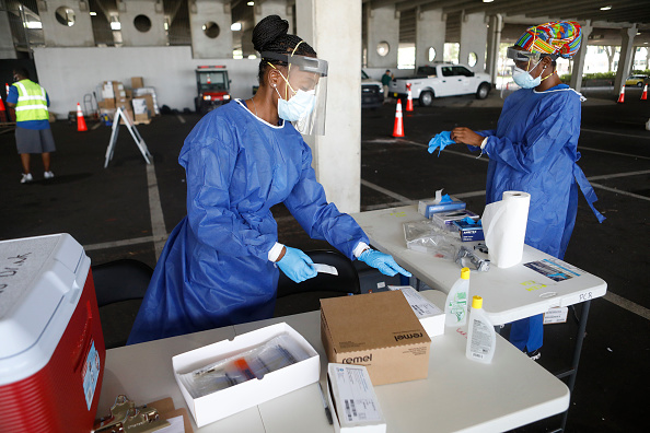 Florida - US State「U.S. Struggles With Coronavirus Amid A Surge Of New Cases」:写真・画像(13)[壁紙.com]