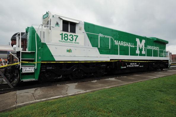 Marshall University「Amtrak National Train Day 2013 - Huntington, WV」:写真・画像(6)[壁紙.com]