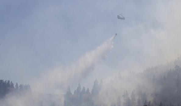 CH-47 Chinook「Taylor Bridge Fire Continues To Burn In Washington State」:写真・画像(0)[壁紙.com]