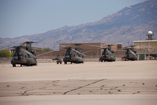 Helicopter「CH-47 Chinook helicopters on the flight line at Davis-Monthan Air Base.」:スマホ壁紙(9)