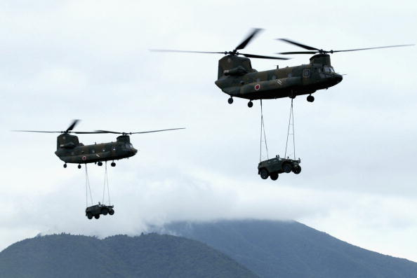 Overcast「Annual Military Exercise At The Foot Of Mount Fuji」:写真・画像(9)[壁紙.com]