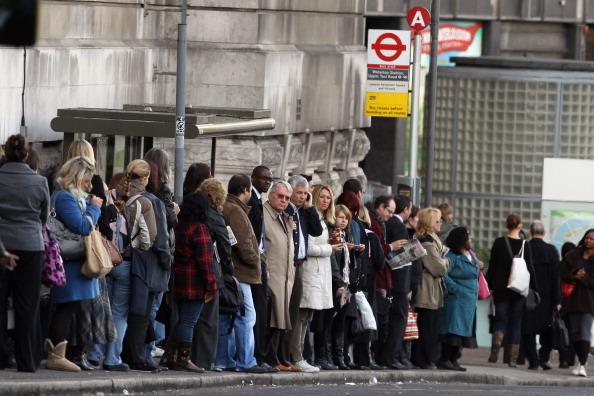 Waiting「Third London Underground Strike Hits London Commuters」:写真・画像(15)[壁紙.com]