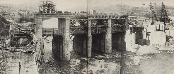 Image Montage「Rioni Hydroelectric Power Plant  Illustration From Ussr Builds Socialism」:写真・画像(12)[壁紙.com]