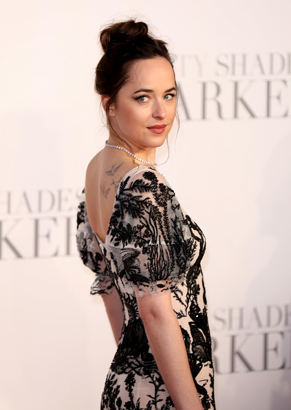 "Waist Up「""Fifty Shades Darker"" - UK Premiere - Red Carpet Arrivals」:写真・画像(10)[壁紙.com]"