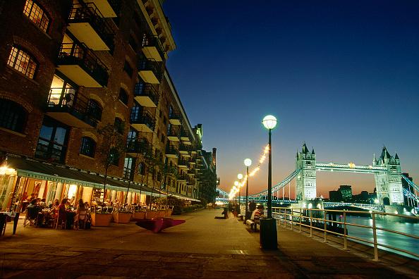 Waterfront「Butlers Wharf and Tower Bridge. London. United Kingdom.」:写真・画像(5)[壁紙.com]