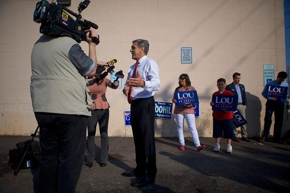 Oregon - US State「Republican Senate Candiate In Pennslyvania Rep. Lou Barletta Casts His Vote In State's Primary Election」:写真・画像(2)[壁紙.com]