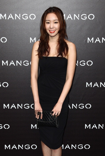 Kim Ah「Mango New Collection Launch at Centre Pompidou - Photocall And Party」:写真・画像(4)[壁紙.com]