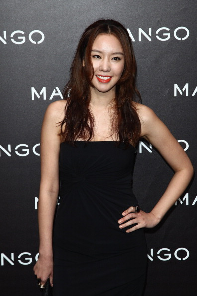 Kim Ah「Mango New Collection Launch at Centre Pompidou - Photocall And Party」:写真・画像(3)[壁紙.com]