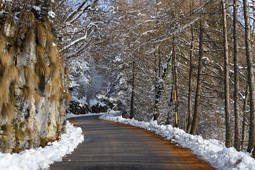 Avenue「winter mountain roads」:スマホ壁紙(0)