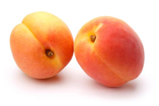 Apricot「白色の背景にフレッシュなアプリコット」:スマホ壁紙(10)