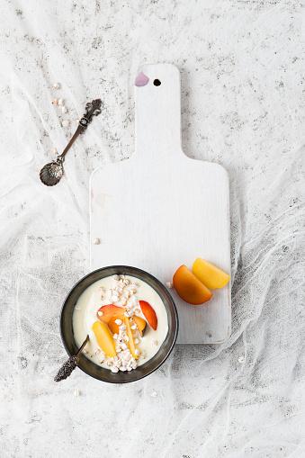 スモモ「Yogurt with plums and puffed whole meal buckwheat」:スマホ壁紙(19)