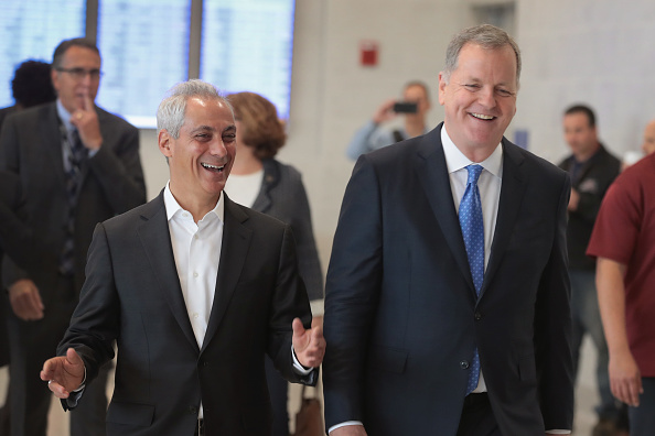 O'Hare Airport「American Airlines CEO Doug Parker And Chicago Mayor Rahm Emanuel Hold Event Celebrating Opening Of New Gates At O'Hare Airport」:写真・画像(11)[壁紙.com]