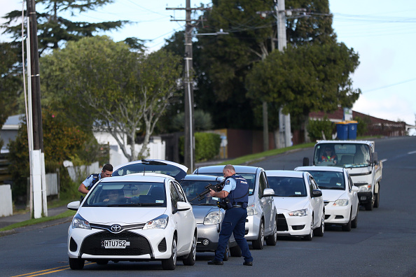 Auckland「Hunt For Auckland Gunman Continues Following Deadly Shooting Of Police Officers」:写真・画像(11)[壁紙.com]
