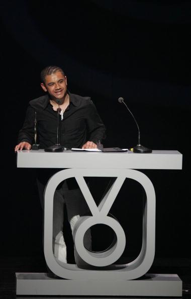 New Zealand Music Awards「New Zealand Idol Ben Lummis accepts his Tui award」:写真・画像(4)[壁紙.com]