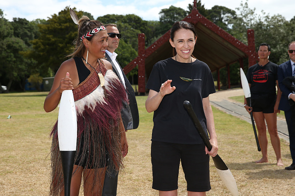 Three Quarter Length「Waitangi Day Celebrated In New Zealand」:写真・画像(10)[壁紙.com]