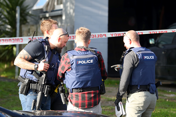 Auckland「Hunt For Auckland Gunman Continues Following Deadly Shooting Of Police Officers」:写真・画像(10)[壁紙.com]