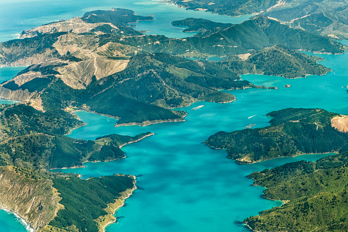 Marlborough - New Zealand「New Zealand, South Island, Marlborough Sounds, aerial photograph of the fjords near Queen Charlotte Sound」:スマホ壁紙(9)