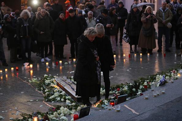 2016 Berlin Christmas Market Attack「Germany Commemorates 2016 Christmas Market Terror Attack」:写真・画像(16)[壁紙.com]