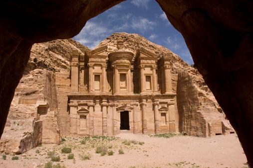 Roman「Monastery in Petra Jordan」:スマホ壁紙(8)