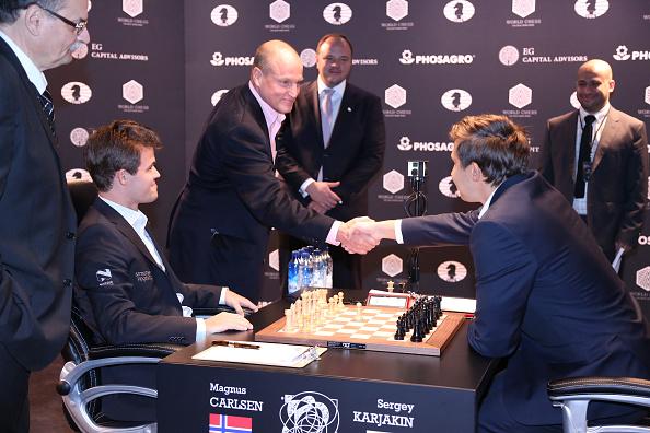 セルゲイ・カヤキン「2016 World Chess Championship - November 11」:写真・画像(15)[壁紙.com]