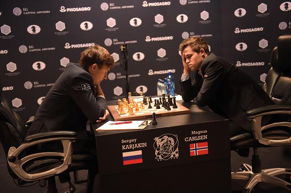 セルゲイ・カヤキン「2016 World Chess Championship - November 12」:写真・画像(12)[壁紙.com]
