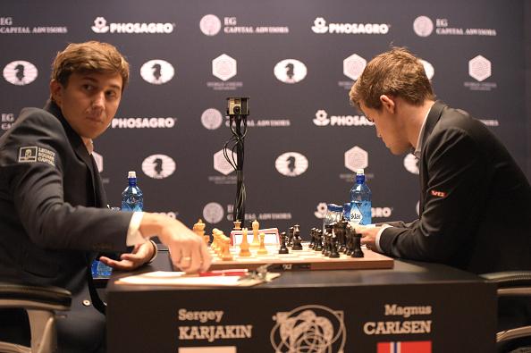 セルゲイ・カヤキン「2016 World Chess Championship - November 12」:写真・画像(11)[壁紙.com]