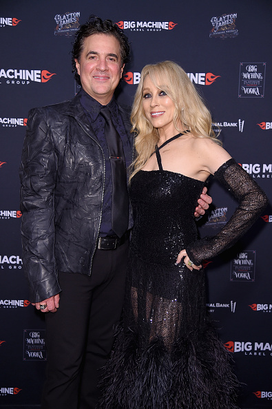 Alternative Pose「Big Machine Label Group Celebrates The 51st Annual CMA Awards In Nashville - Arrivals」:写真・画像(19)[壁紙.com]