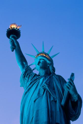 Crown - Headwear「Statue of Liberty in Evening」:スマホ壁紙(12)