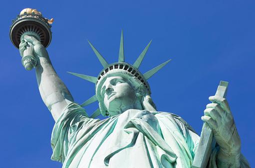 炎「Statue of Liberty, Liberty Island National Monument, Upper New York Bay, New York City, USA」:スマホ壁紙(17)