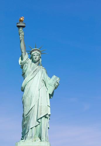炎「Statue of Liberty, Liberty Island National Monument, Upper New York Bay, New York City, USA」:スマホ壁紙(12)