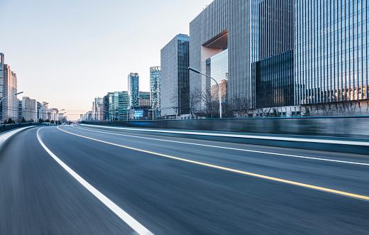 City Street「inner city road」:スマホ壁紙(3)