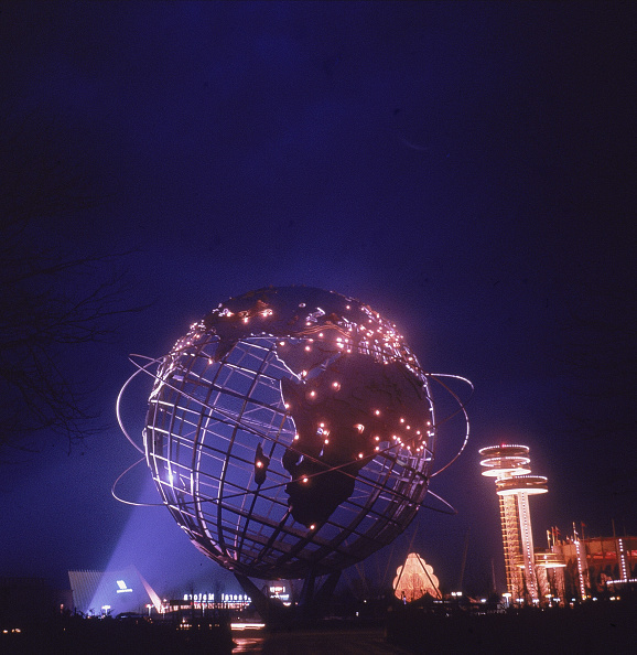 Globe - Navigational Equipment「Unisphere At The World's Fair In New York」:写真・画像(5)[壁紙.com]