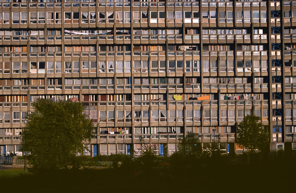 Apartment「Robin Hood Gardens, Poplar, London, UK」:写真・画像(9)[壁紙.com]
