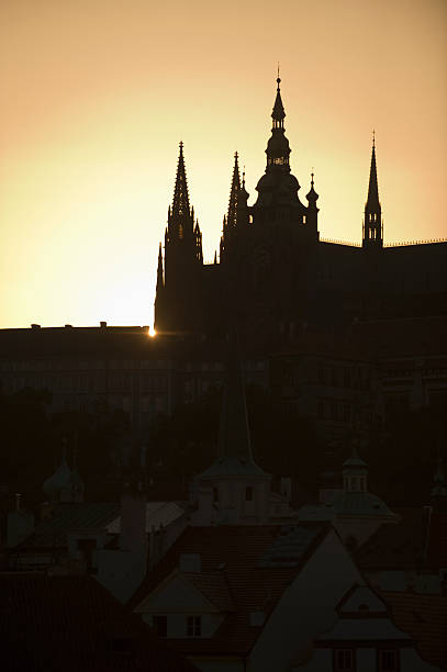 Sunset over silhouetted cathedral:スマホ壁紙(壁紙.com)