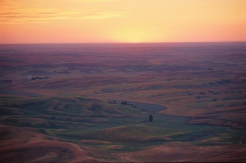 Hill「Sunset over Plain」:スマホ壁紙(8)
