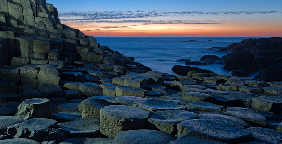 Basalt「Sunset over Basalt columns at Giants Causeway in Northern Ireland」:スマホ壁紙(5)