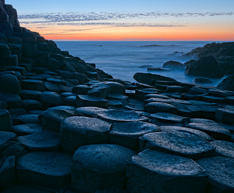 Basalt「Sunset over Basalt columns at Giants Causeway in Northern Ireland」:スマホ壁紙(7)