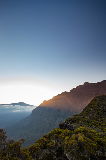 French Overseas Territory「Sunset over Piton des Neiges volcano, Réunion」:スマホ壁紙(3)