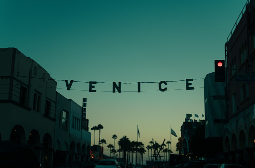California「Sunset over Venice Beach, California, America, USA」:スマホ壁紙(3)