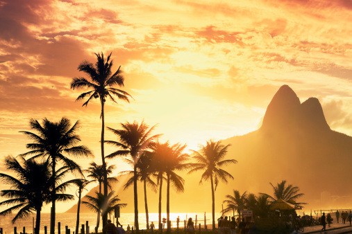 Rio「Sunset over Ipanema beach」:スマホ壁紙(6)