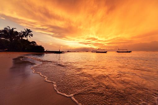 Sri Lanka「Sunset over Indian ocean」:スマホ壁紙(8)