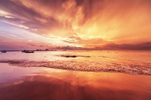 Hikkaduwa「Sunset over Indian ocean」:スマホ壁紙(15)
