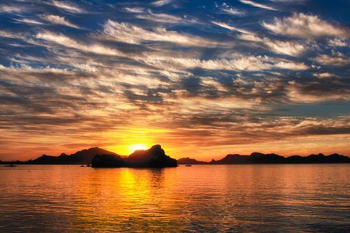 cloud「バハの夕日」:スマホ壁紙(10)
