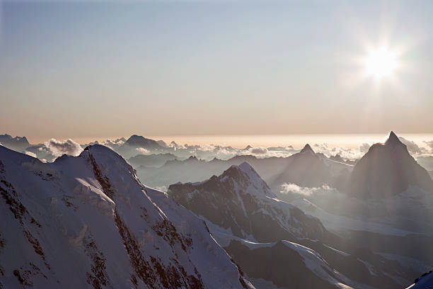 Sunset over Swiss Alps:スマホ壁紙(壁紙.com)