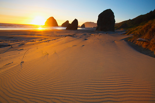 Cape Sebastian「Sunset Over Rock Formations At Cape Sebastian Park; Oregon United States Of America」:スマホ壁紙(4)