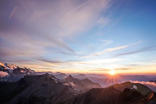 Switzerland「Sunset over the Swiss Alps, Schilthorn, Bern, Switzerland」:スマホ壁紙(5)