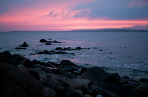 Rocky Coastline「sunset over the Orkney islands」:スマホ壁紙(11)
